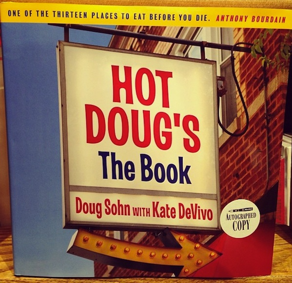 taking-a-page-from-a-booksellers-holiday-gift-list_hotdoug_600c580