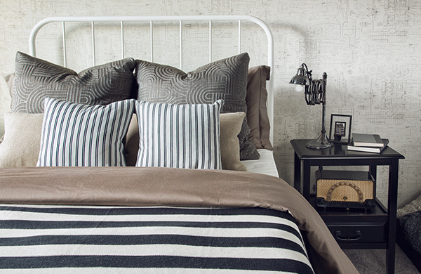 Bedding with comforter and pillows