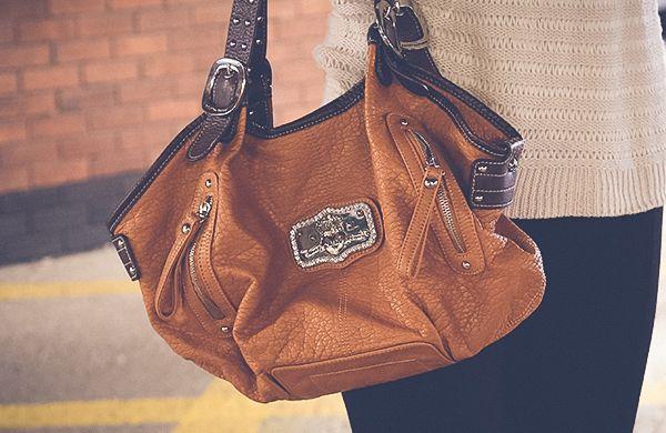 handbag-bodyshape-slouch-600x390