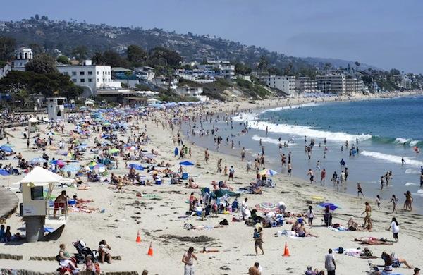 Mangiare in spiaggia: 5 consigli per evitare l'effetto Fantozzi