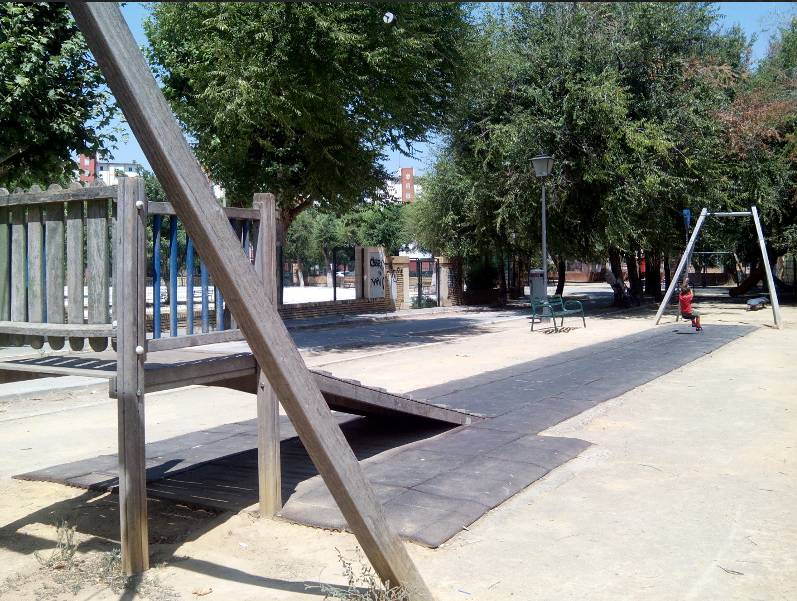 Parques públicos de Sevilla con tirolinas para todos
