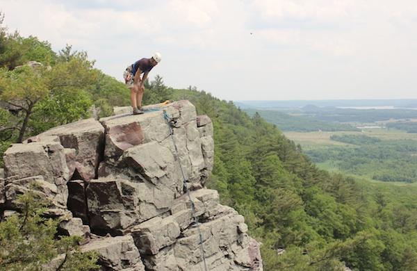 Travel-Tip-Sheet-Devils-Lake-State-Park-climber_600c390