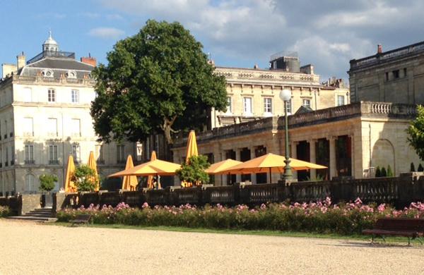 Pique nique à Bordeaux : 4 lieux pour manger au grand air