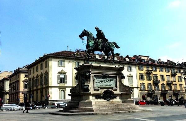 Piazza Bodoni, il salotto buono di Torino