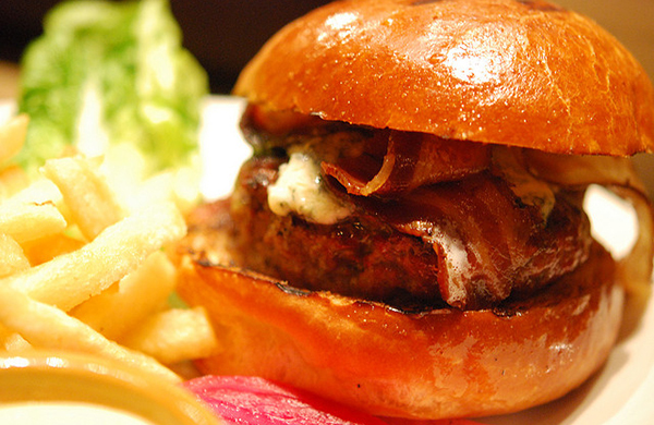 blogger_city_guide_sf_burger_nopa_600c390