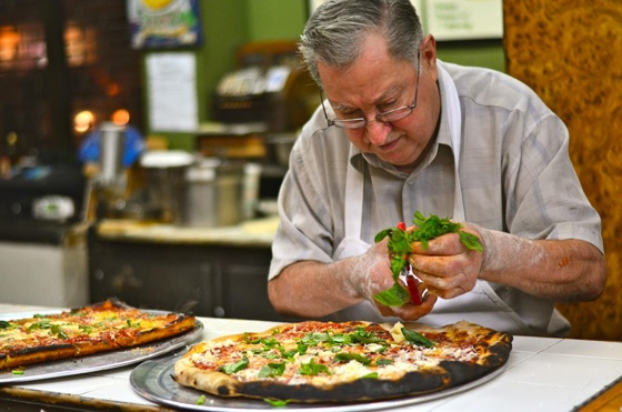 New York Food & Drink: BYOB Pairings at Di Fara Pizza