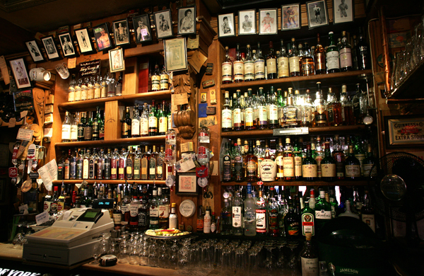 Best Offies and Bars in Belfast for Whiskey Drinkers