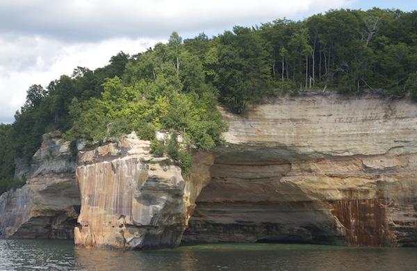 Trave Tip Sheet Michigans Upper Peninsula Pictured1 600c390 Cruise Around Pictured Rocks