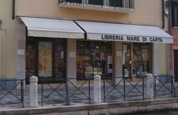 La libreria Mare di Carta di Venezia