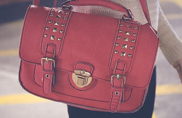 How to Choose a Handbag to Compliment your Body