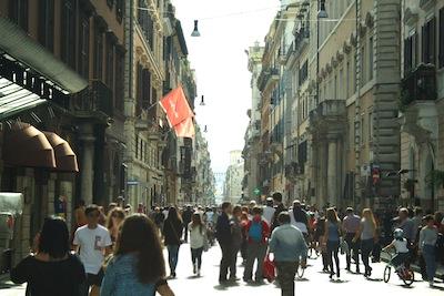 Via_del_Corso_Roma_400x267