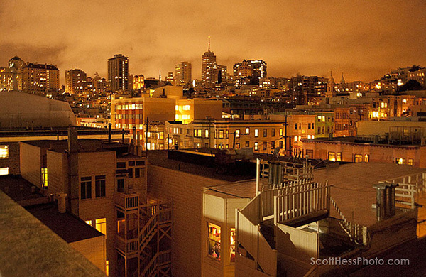 blogger_city_guide_sf_nighttime_photo_garage_600c390