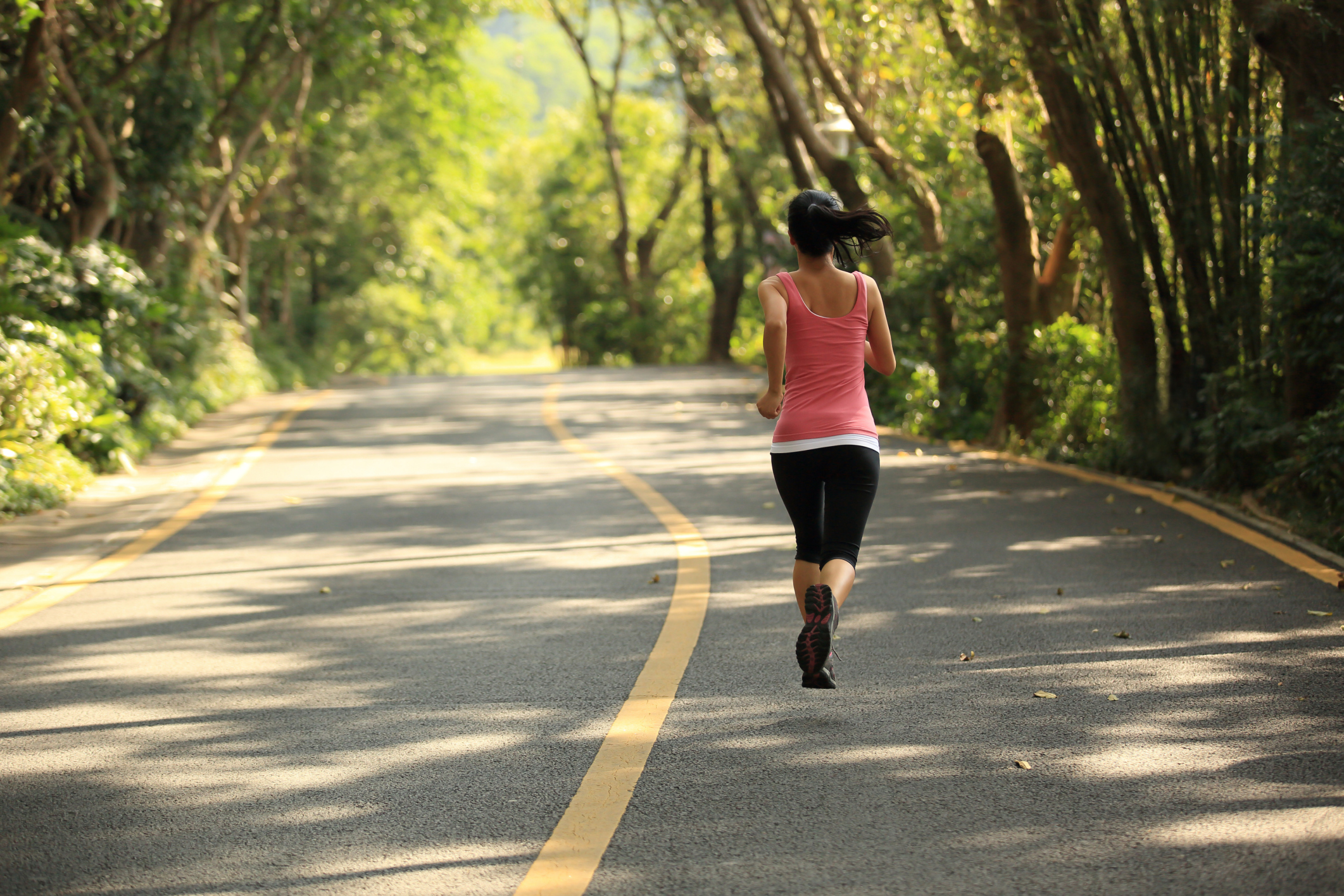 A Few Unspoken Rules and Tips for Running Outdoors
