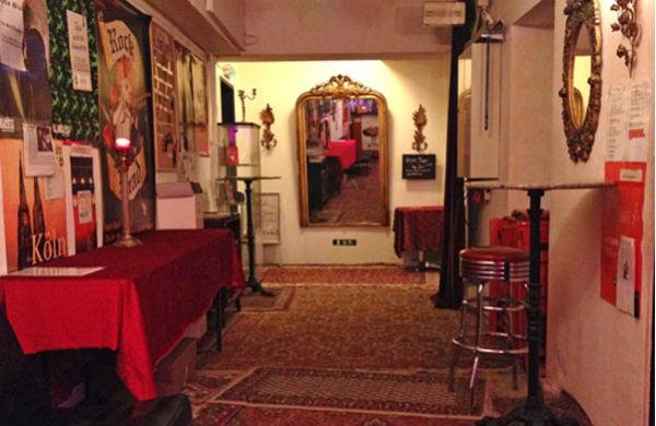 Eine langjährige Institution: das Kabarett Klüngelpütz in Köln