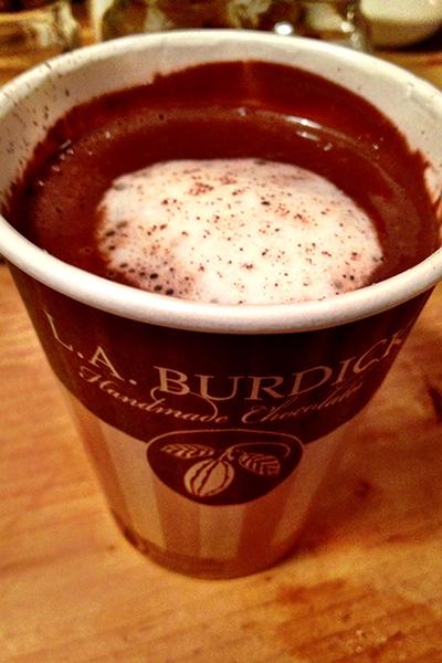 blogger_city_guide_boston_hot_cocoa_400c600