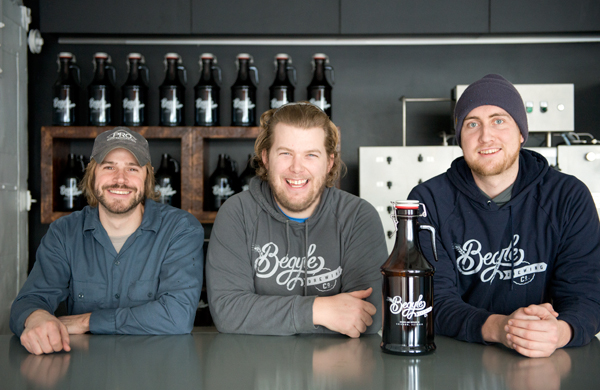 chicagos-first-beer-csa-sold-out-in-a-week-heres-why-theres-a-waiting-list_trio_600c390