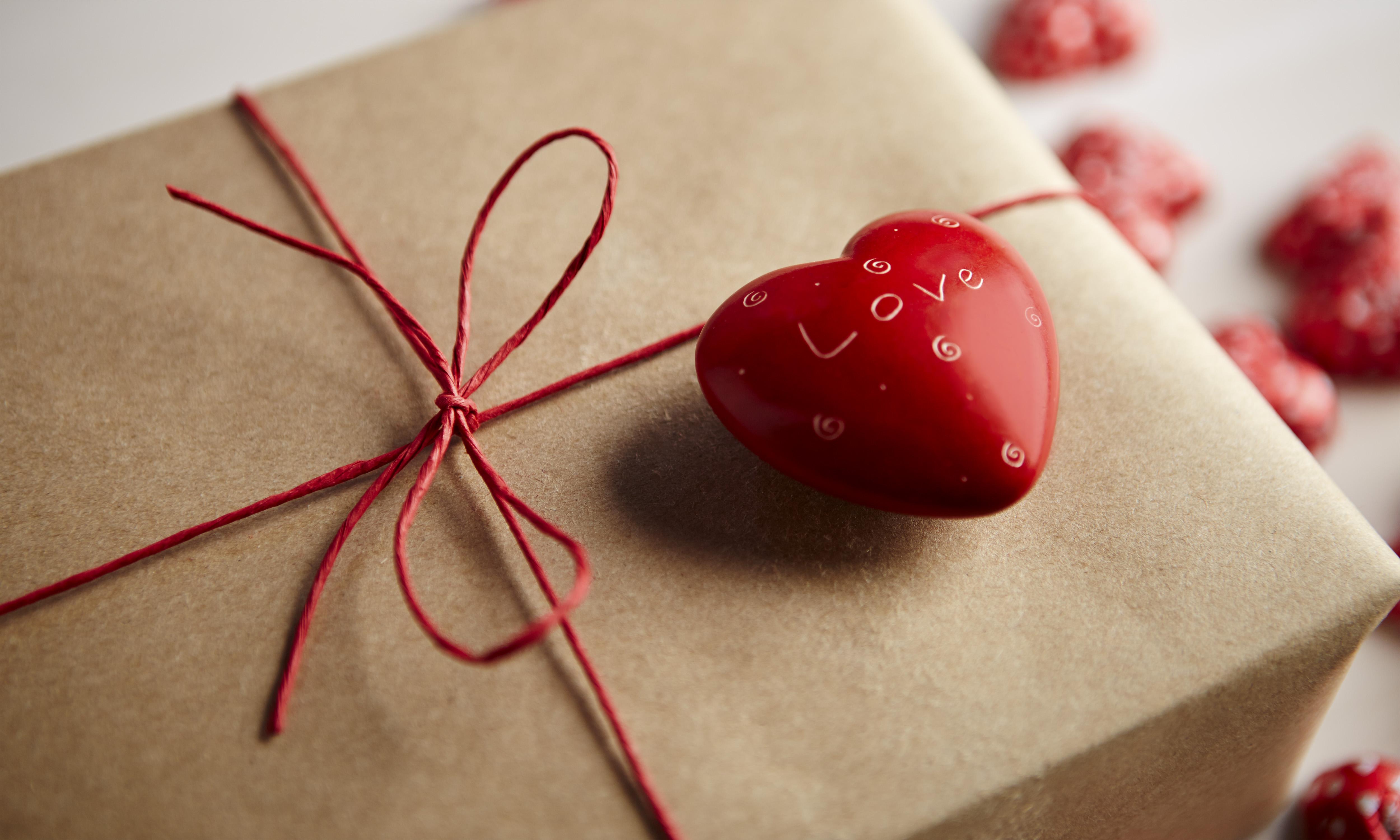 San Valentino, 6 regali originali per lui