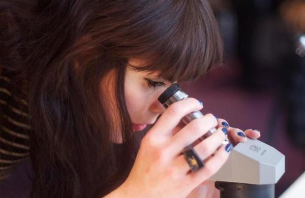 Designer Spotlight: Jade Mellor