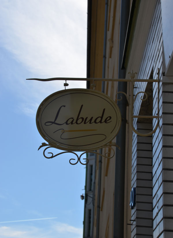 Labude Köln