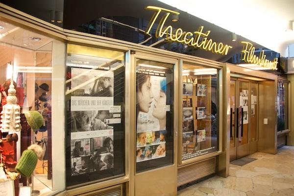 Im Theatiner Kino in München werden französische und spanische Originalversionen gezeigt