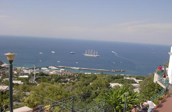 Una giornata a Capri: come spendere poco e non perdersi (quasi) niente