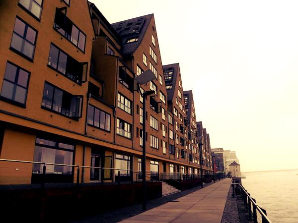 Ein Spaziergang durch den Kölner Rheinauhafen