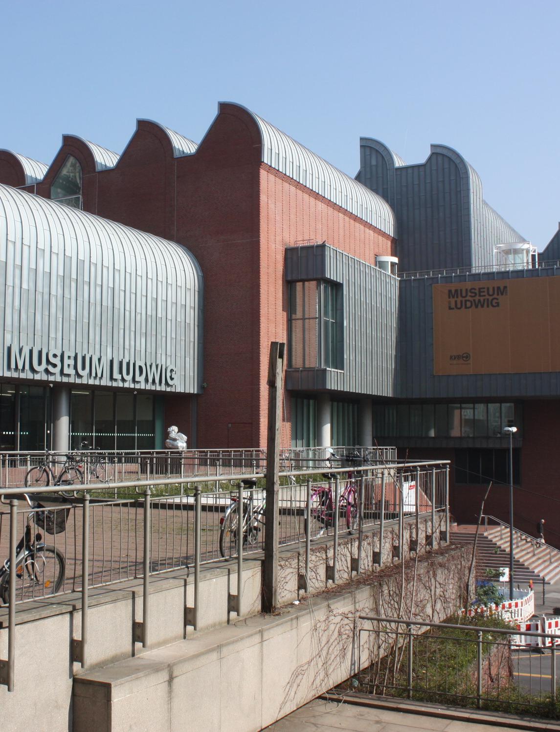 Moderne Architektur vom Kölner Museum Ludwig