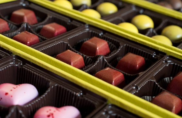 chocolatier-finds-a-home-among-east-pilsens-art-galleries_chocolates_600c390