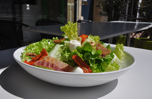 Un fast-food sain ? Eat Salad l'a fait !