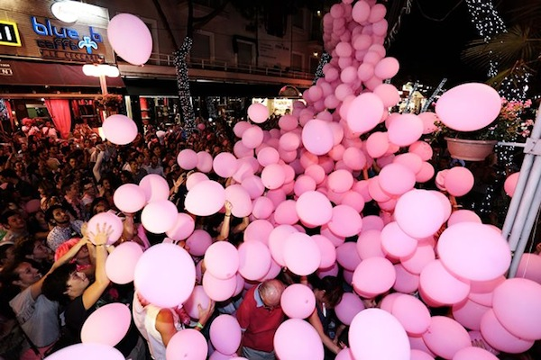 notte rosa palloncini