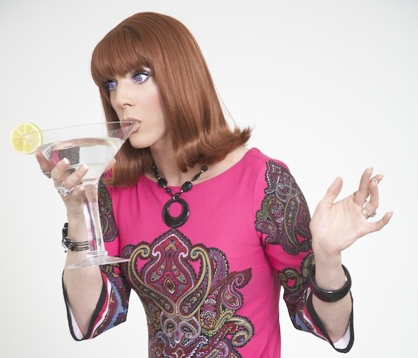 guide-to-drinking-like-a-drag-queen_coco_600c513