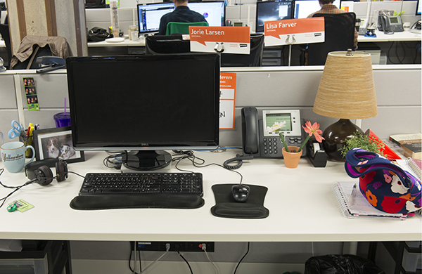 it-doesnt-take-much-to-make-over-your-desk_jb_600c390