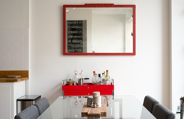 inside-the-photogenic-home-of-two-pro-photographers_mirror_600c390