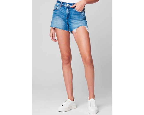College clothes packing list, cute cut-off shorts