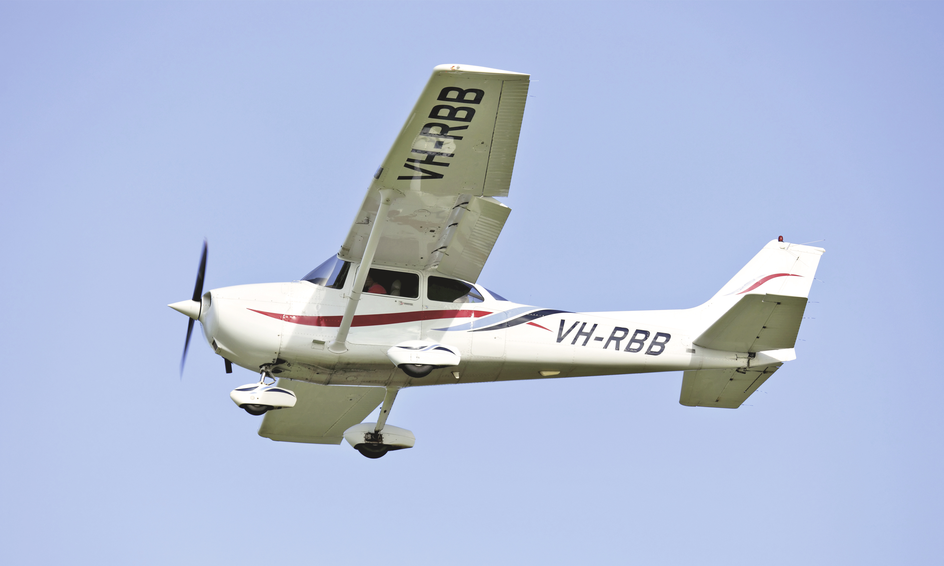 Flying a Plane for the First Time? Read This First.