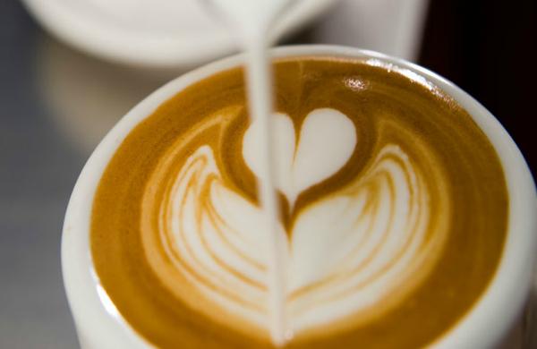 Un cappuccino a Milano: ecco i 5 migliori bar dove berlo