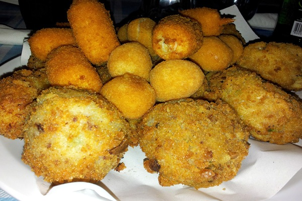 Street food a Napoli: cosa e dove mangiare in città e fuori