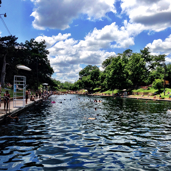 blogger_city_guide_austin_photo_ops_bartonsprings_550c550