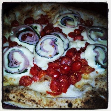 La pizza di Starita a Napoli