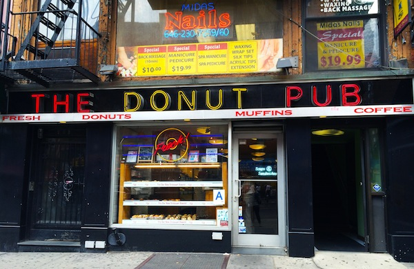 The Donut Pub: A New Fad at an Old New York Institution