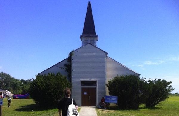 a chapel 600c390