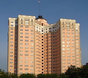 edgewater beach apartments