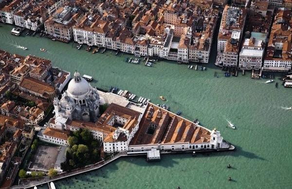 Il Museo di arte contemporanea Punta della Dogana di Venezia