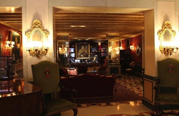 La Venezia del lusso tra hotel, ristoranti e negozi