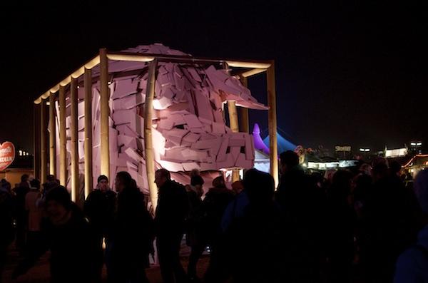 Kunst, Kultur und Essen aus aller Welt gibt es auf dem winterlichen Tollwood Festival