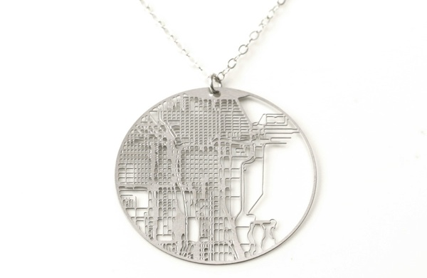 shop-local-this-valentines-day-and-show-chicago-some-love_hazel_600c390