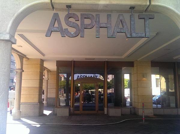 Asphalt - Heißes Pflaster am Gendarmenmarkt