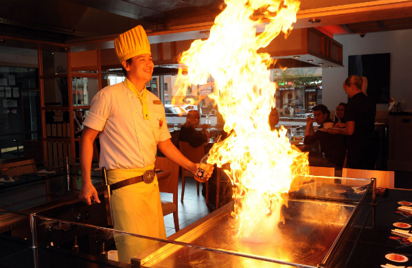 Teppanyaki Manchester – An Entertaining Night Out