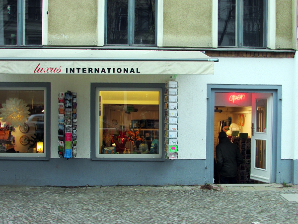 Luxus International