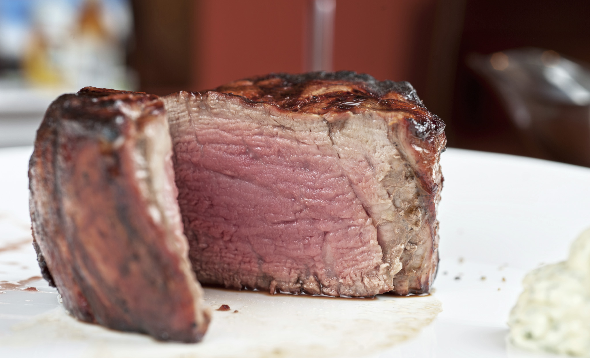 A Chicago Steakhouse Chef on How to Cook the Perfect Steak